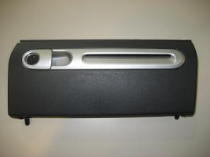 original klappe f r handschuhfach smart fortwo 451 neu. Black Bedroom Furniture Sets. Home Design Ideas